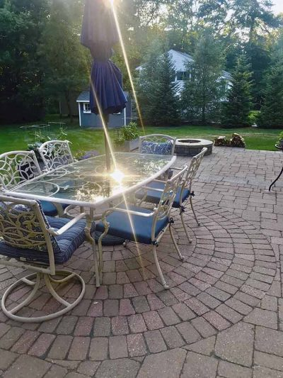 Outdoor living patio and fire pit.