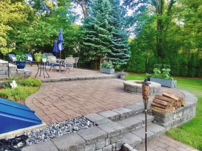 back yard entertaining area with fire pit